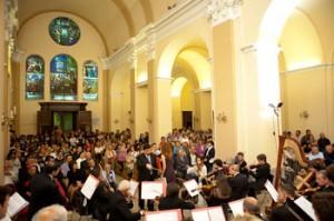 Concerto all'interno della basilica di Sant'Ubaldo