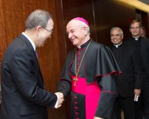 Mons. Vincenzo Paglia con il Segretario Generale delle Nazioni Unite Ban Ki-moon