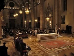 La veglia di preghiera in cattedrale con il Vescovo