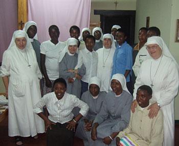 Suore-Figlie-della-Misericordia-in-Ruanda