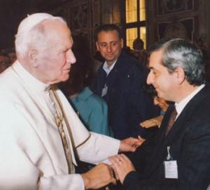 Vittorio Trancanelli con Papa Giovanni Paolo II