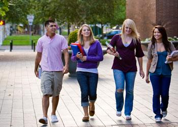giovani-scuola-studenti