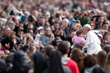 Papa-Francesco-bacio