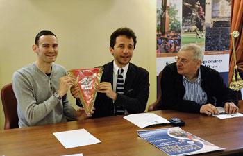 Giacomo Sintini con il sindaco Wladimiro Boccali e l'assessore comunale Ilio Liberati