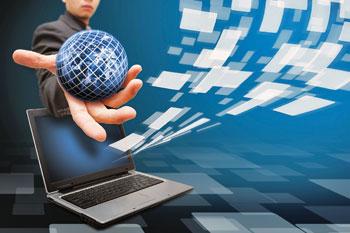 comunicazione-internet-web-pc-mondo-mano