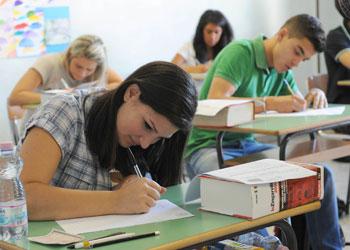 giovani-studenti-esami