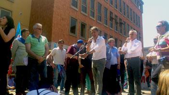 Il comizio durante la manifestazione di protesta dell'Ast
