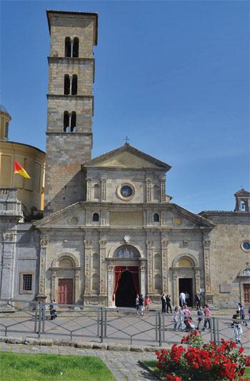 Giubileo-Eucaristico-Straordinario-a-750-anni-dal-Miracolo-di-Bolsena-chiesa