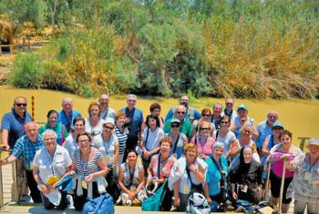 Gruppo dei pellegrini sul Giordano