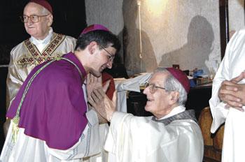 Mons. Gualtiero Sigismondi con mons. Giovanni Benedetti