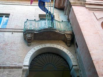 L'ingresso del rettorato dell'Università di Perugia