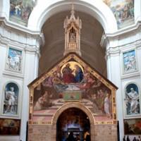 Porziuncola nella Basilica di Santa Maria degli Angeli in Assisi invito al rosario per l'umbria