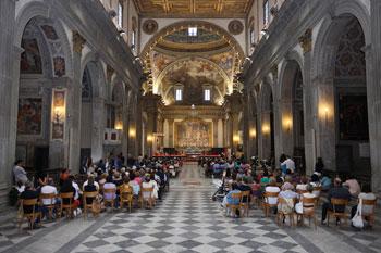 La cattedrale di Castello durante una celebrazione (foto di repertorio)