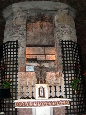 Assisi-Tomba_di_San_Francesco