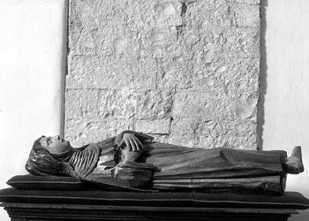 "Statua lignea di Angela ""giacente"", chiesa di San Francesco (Foligno)"