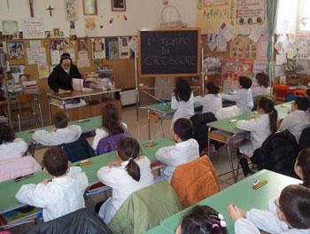 aula-scuola-studenti-bambini