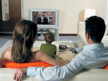 genitori-famiglia-televisione