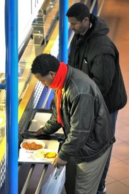 Accoglienza-immigrati-mensa-caritas