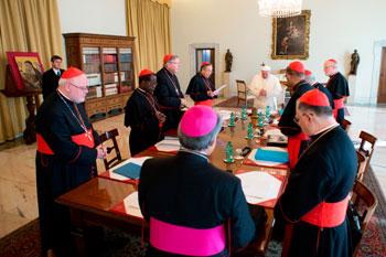 Il Papa con il Consiglio dei cardinali, creato per riformare la Curia