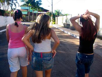 TeenGirls-ragazze-strada-giovani-donne