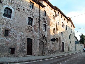 L'esterno del monastero delle suore Cappuccine