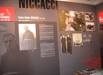 Uno dei pannelli del Museo della Memoria dedicato al francescano fra Rufino Niccacci
