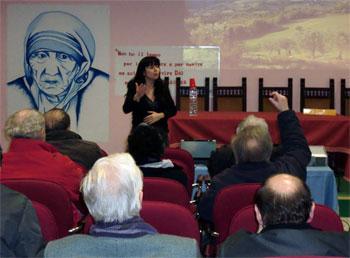 Stefania Proietti durante  un incontro
