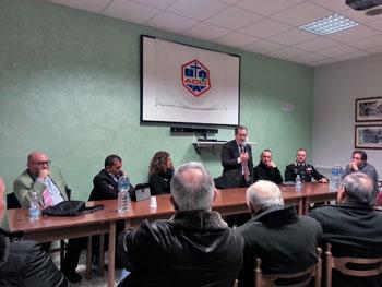 L'intervento di Bottalico durante l'incontro con alcuni lavoratori della ex Merloni