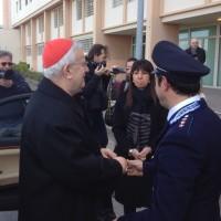 Il Cardinale Gualtiero Bassetti accolto dal direttore e comandante polizia penitenziaria del carcere di Capanne - Perugia