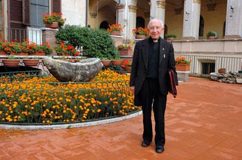 Don Agostino Rossi in una foto di qualche anno fa