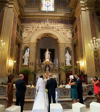 matromonio-chiesa-sposi