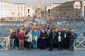 Bassetti con i perugini in pellegrinaggio dal Papa nel 2011, questa volta tornerà cardinale