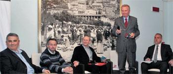 I candidati sindaci del comune di Gubbio. Da sinistra Rughi, Lupini, Stirati, Palazzari, Gagliardi