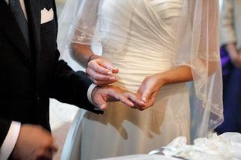 Scambio-Fedi-sposi