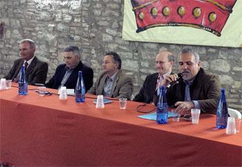 I candidati sindaci del comune di Gubbio. Da sin. Palazzari, Rughi, Lupinio, Stirati, Gagliardi