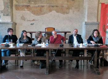 Il tavolo dei relatori alla presentazione del libro