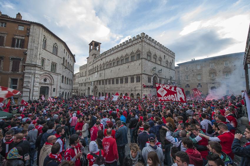 Festeggiamenti per la promozione in serie B del Perugia, foto di Michele Castellani