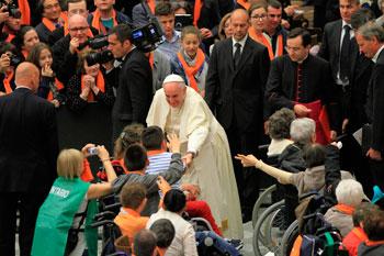 Il Papa durante l'udienza con il Cvs (foto di Erminio Cruciani)