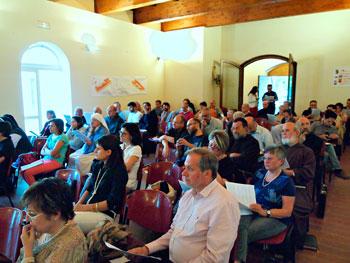 Assemblea-ecclesiale-di-verifica-del-20-giugno.-Platea