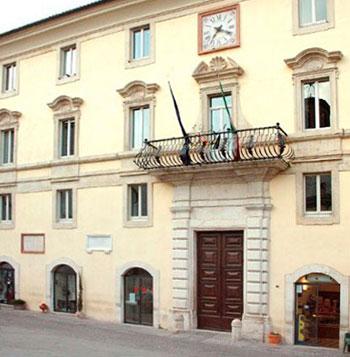 Gualdo-Tadino-Palazzo-del-comune