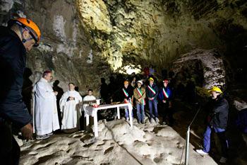 messa grotta di Montecucco2014