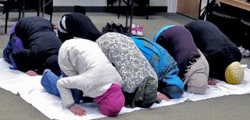 musulmani-preghiera-bn