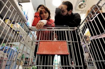 Mercato-spesa,-crisi-coppia-famiglia