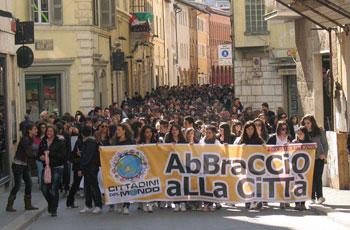 foligno-manifestazione-Cittadini-del-mondo