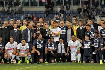 Sportivi e promotori della partita di calcio interreligiosa per la pace allo Stadio Olimpico
