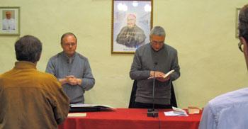 Don Piccinelli e mons. Cancian durante il primo incontro