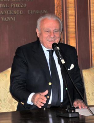 Il Rettore Franco Moriconi durante la conferenza stampa