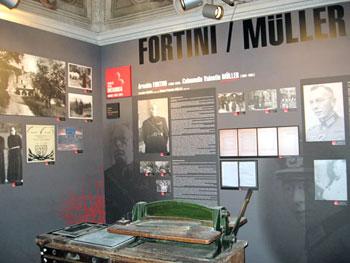Uno scorcio della mostra all'interno del Museo della memoria