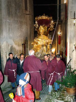 La statua di Sant'Emiliano