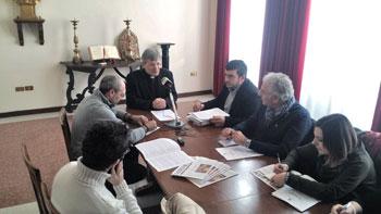 L'incontro del vescovo Sigismondi con i giornalisti